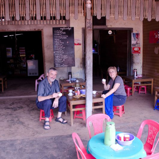Tea time at Kimpun basecamp