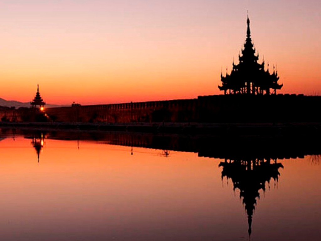 Visit Mandalay in Myanmar