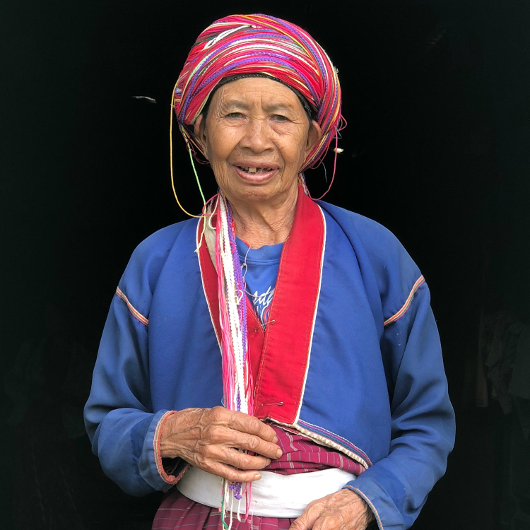 Palaung woman in her traditional dress